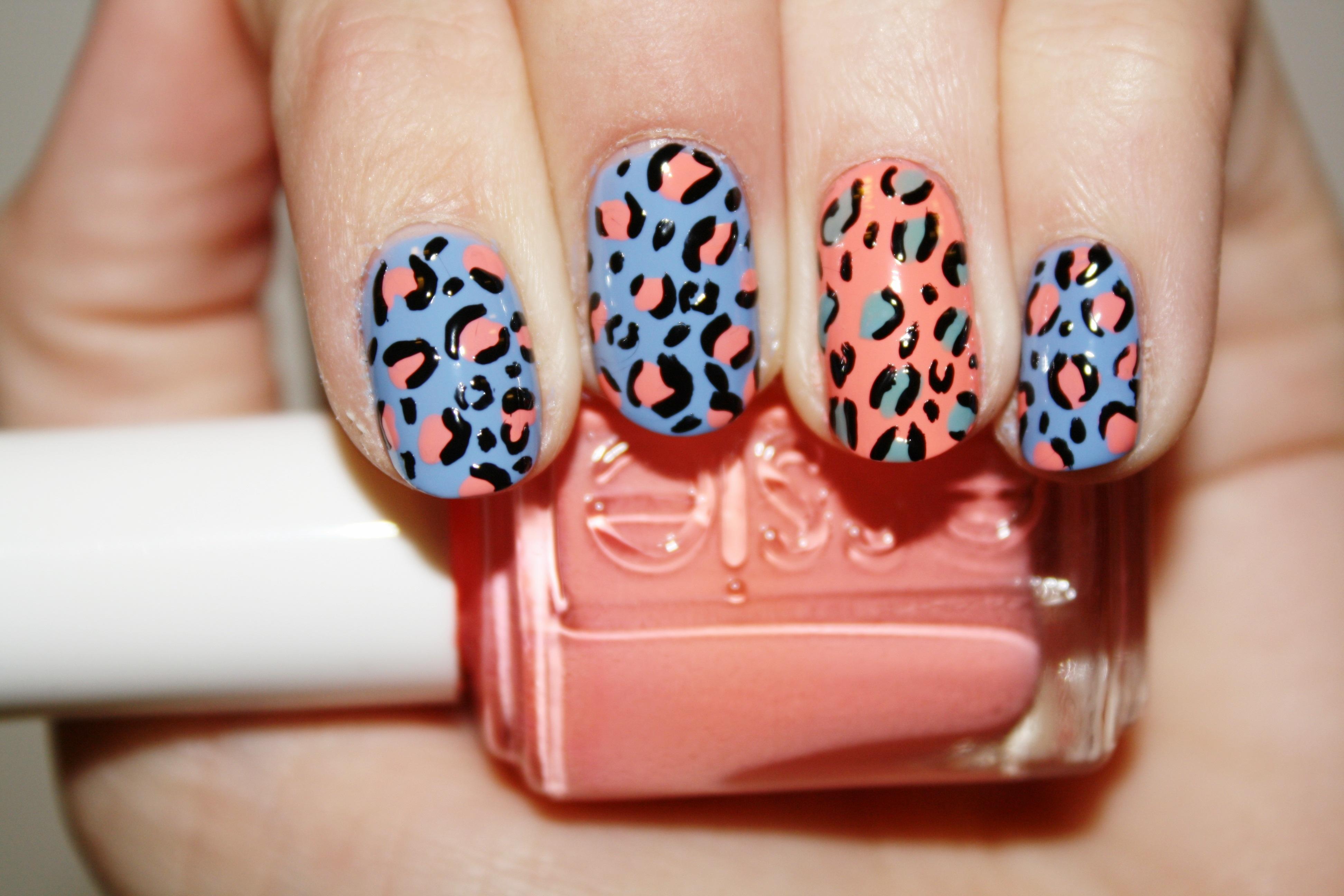 Nail Art Tutorial Seeing Spots Polishyoupretty